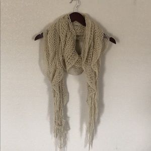 Off-white Knitted Scarf